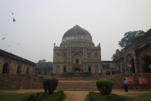 Delhi tourist attractions bara gumbad tomb from front