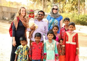 travel advice for women in India selfies with families