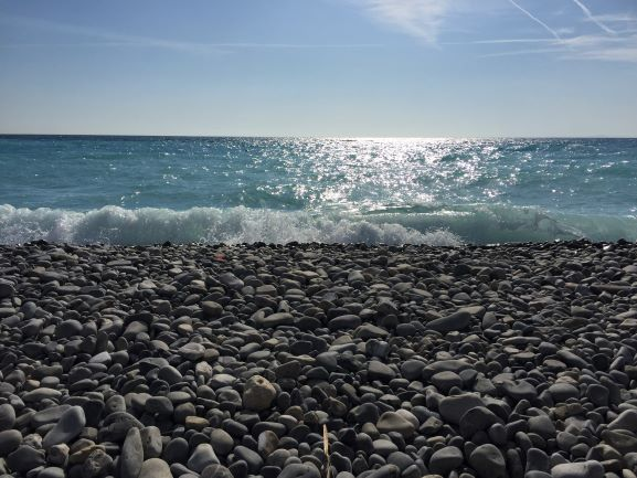 It's Hard To Be Blue On The Côte d'Azur – A Jaunt in Nice, France