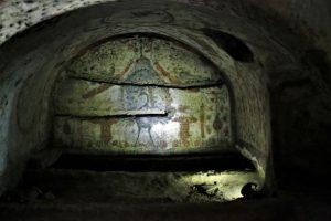 tomb artwork catacombs