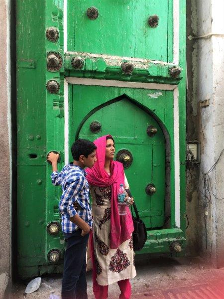 things to do in hyderabad mosque door