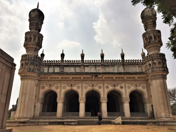 things to do in hyderabad mosques