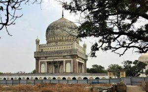 things to do in hyderabad tombs
