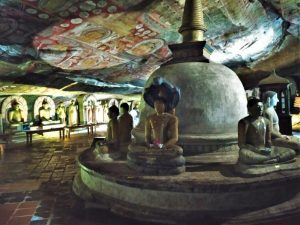 buddhas Kandy Sri Lanka dambulla