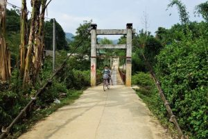 Bac Ha homestay trek bridge entrance